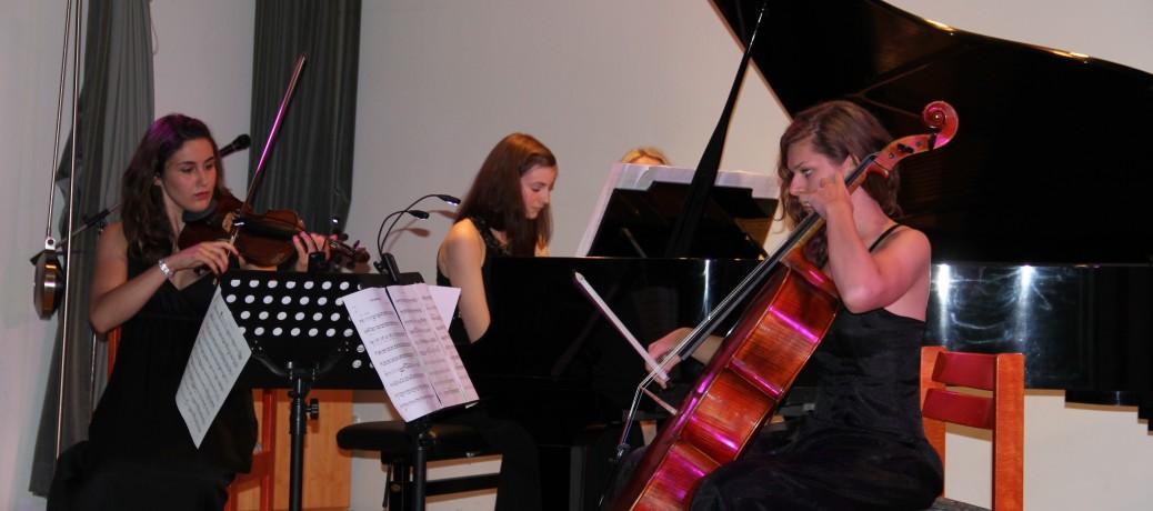 Mai 2012: Klaviertrio Cantevole